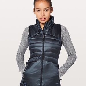 Down for a run vest inkwell blue Lululemon 2 4